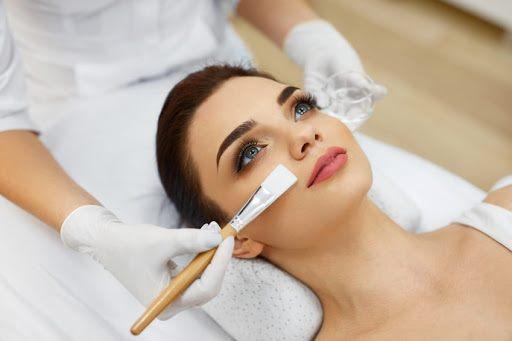 oferta peelingi chemiczne terapia kwasami medycznym gabinet kosmetologiczny metamorfoza tomaszów