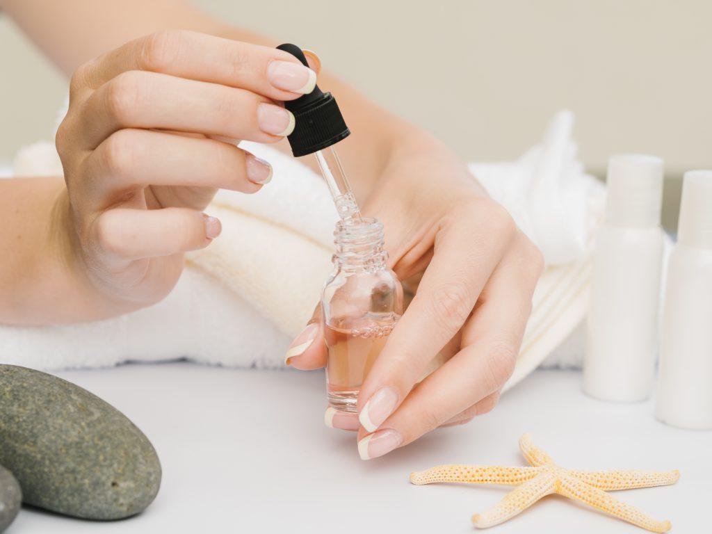 zabiegi pielęgnacyjne dłoni manicure biologiczny spa metamorfoza tomaszów
