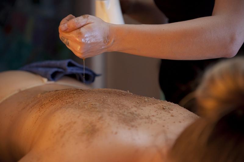 masaż ajurwedyjski z peelingiem metamorfoza tomaszów maz