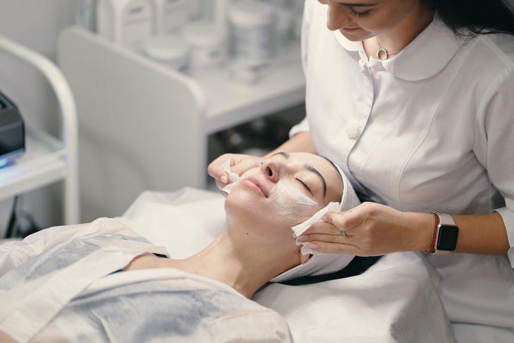 zabieg anti acne gabinet metamorfoza tomaszów